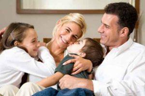 تحقیق نقش والدین در ایجاد فضای نشاط و شادابی در خانواده